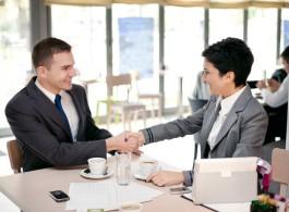 Gestalten Sie Ihre Beziehung zum Kunden proaktiv Quelle: Igor Mojozes, Fotolia